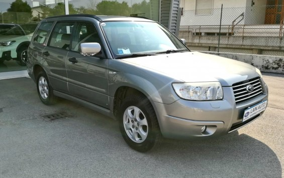 Subaru Forester 2.0 16v 4WD
