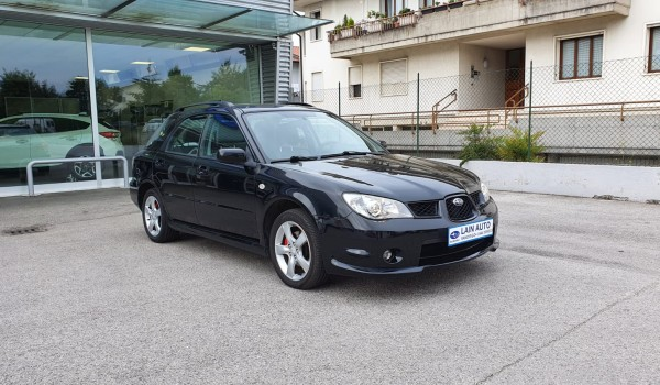 SUBARU Impreza 2.0 16V Sport Wagon 160cv 4WD