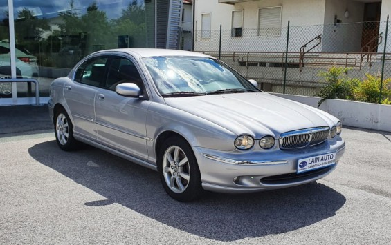 JAGUAR X-Type 2.5 V6 24V Executive 4×4