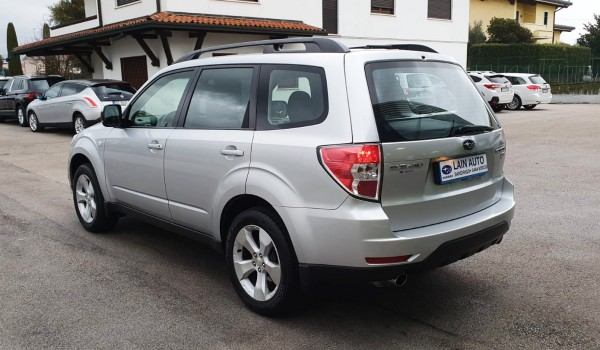 Subaru Forester 2.0 D Trend
