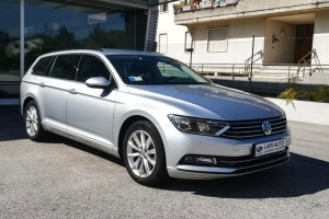 VOLKSWAGEN Passat Variant 2.0 TDI DSG Business Bluemotion